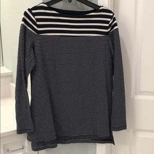 Gap maternity top